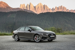 Audi A4 45 TFSI quattro S Line 2019