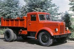 MAZ 200