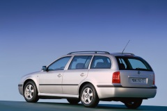 Škoda Octavia Combi 2000