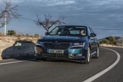 Škoda Superb 2015