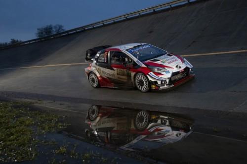 Sebastien Ogier s Toyotou Yaris WRC na Rallye Monza 2020