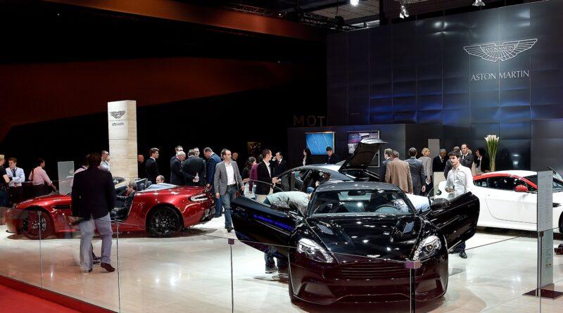 Pařížský autosalon: Aston Martin